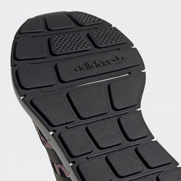 Женские кроссовки Adidas Swift Run CG6142