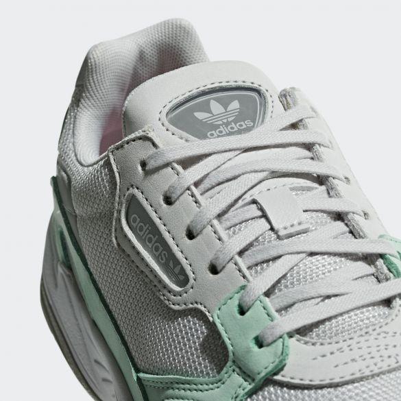 Женские кроссовки Adidas Originals Falcon B28127
