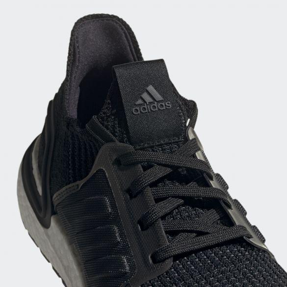 Женские кроссовки Adidas Ultraboost 19 G54014