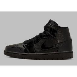 Женские кроссовки Nike Air Jordan 1 Mid Triple Black BQ6472-003