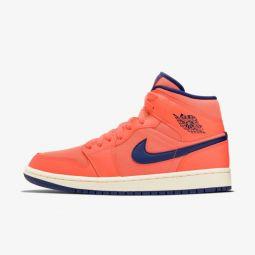 Женские кроссовки Nike Jordan Wmns Air 1 Mid CD7240-804