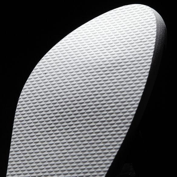 Женские сланцы Adidas Eezay Striped AQ4032