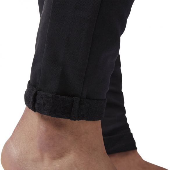 Женские брюки Reebok Ts Slim Jogger CF8665